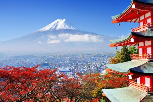 Scenic Mt-Fuji-and-Chureito-Pagoda_Japan.jpg
